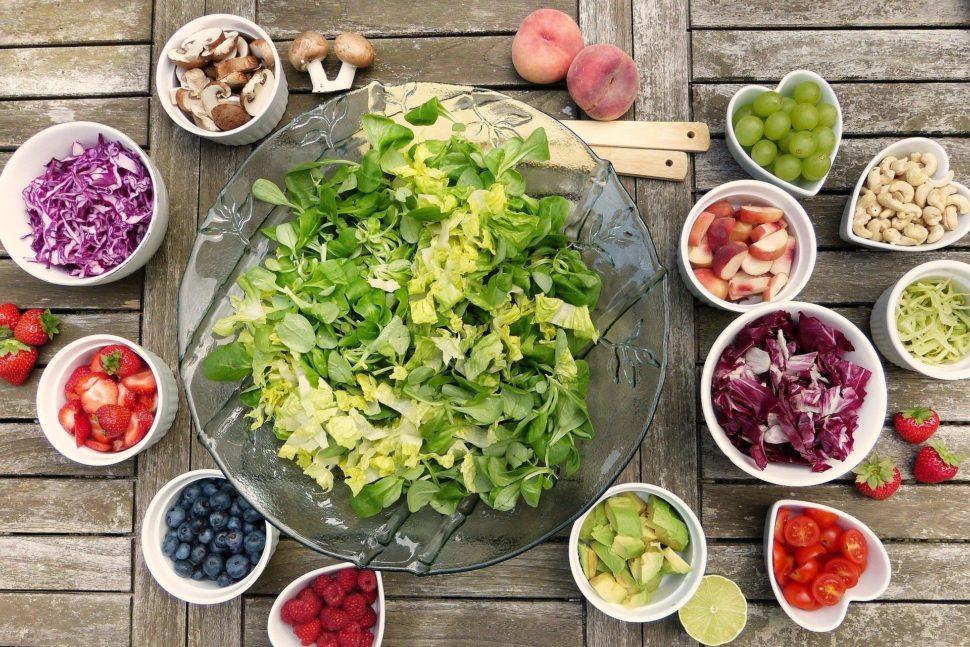 ořista těla, zdravé a živé jídlo